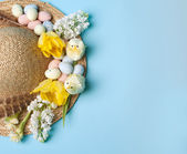 Straw hat for easter — Stock Photo