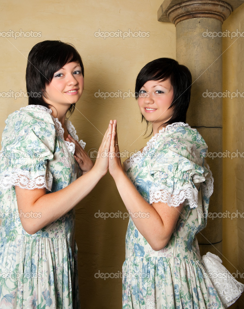 Gemini or Twins, this photo is part of a series of twelve Zodiac signs of astrology — Stock Photo #9621868