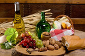 Wine and country food — Stock Photo
