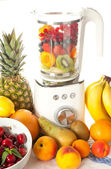 Smoothie blender — Stock Photo