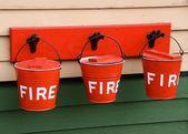 Seaux à incendie rouge — Photo