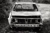 Utbränd bil — Stockfoto