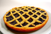 Raspberry Crostata - Italian tart — Stock Photo