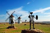 Don Quixote and Sancho Panza statue — Stock Photo