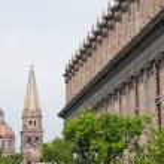 Guadalajara cathedral and Degollado Theater, Jalisco (Mexico) — Stock Photo