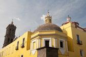 Arrière de la cathédrale de puebla, mexique — Photo