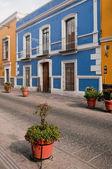 Pedestrian street in Puebla (Mexico) — Stock Photo