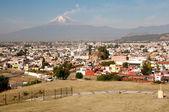 Popocatepetl volcano seen from Cholula Mexico — Stock Photo
