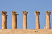 Columns of Temple of Artemis, Jerash (Jordan) — Stock Photo