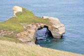 Tunnel beach at Otago Peninsula, New Zealand — Stock Photo