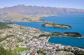Queenstone and Wakatipu lake, New Zealand — Stock Photo