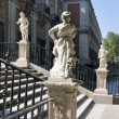 Statues at the Royal Palace of Aranjuez (Madrid) - Stok fotoğraf