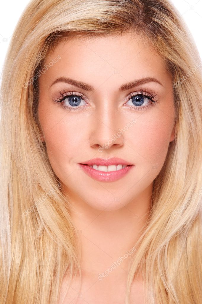 Portrait of young beautiful fresh healthy smiling blond girl with natural clear make-up — Stock Photo #8778181