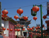 Chinese Lanterns hanging in Chinatown — Stock Photo
