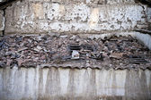 Tile roof crumbling, old house in Spain — Stock Photo