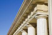 Détail des colonnes classiques — Photo