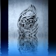 Lovely tattoo drawing on blue wall reflections in the water — Stock Photo