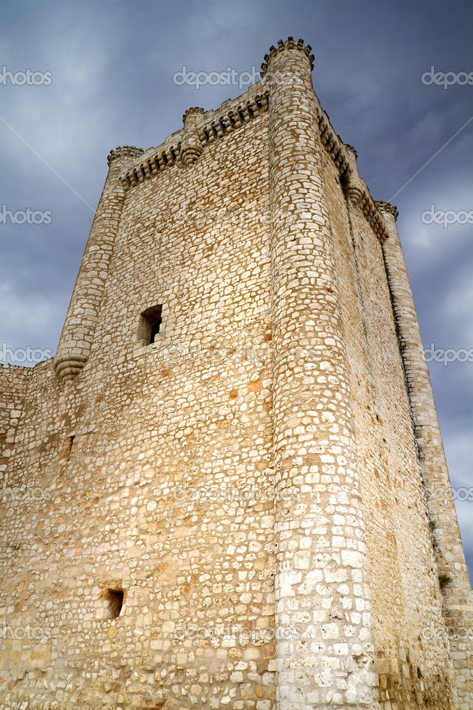 Castle in Spain, medieval building. — Stockfoto #8668064