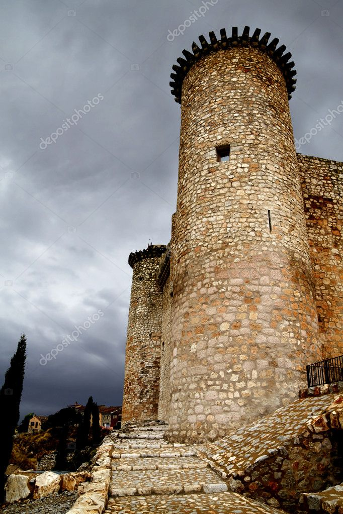 Castle in Spain, medieval building. — Stock Photo #8668147