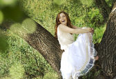 Portrait of romantic girl at Forest River — Stockfoto