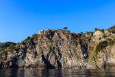 Traditional Village of Corniglia on Top of the Hill in Cinque Te — Stock Photo