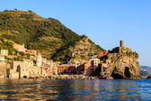 Sunset in the Village of Vernazza in Cinque Terre, Italy — Stock fotografie