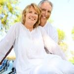 Äldre par leende — Stockfoto