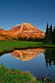 Mt. Rainier at Sunset — Stock Photo