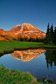 Mt. Rainier at Sunset — Stock Photo