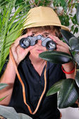 Man exploring jungle — Stock Photo