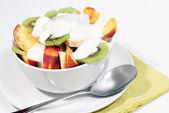 Bowl of fresh fruit and yogurt V1 — Stock Photo