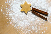 Star with cinnamon sticks — Stock Photo