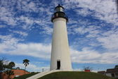 Lighthouse against blue sky — Stock Photo