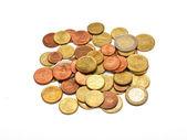 Quelques pièces de monnaie euros, isolé — Photo