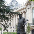 Winston Churchill statue in Paris — Stock Photo