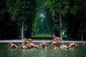 Fonte de netuno no palácio de versalhes na frança — Foto Stock