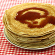 Plate with stacked freshly baked pancakes — Stockfoto #9088262
