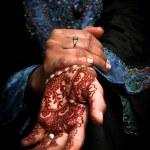 Постер, плакат: Mehendi henna on brides hand Color 02