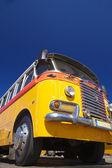 Yellow Old bus — Stock Photo