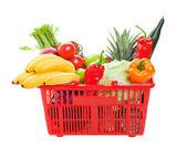 Nákupní košík s potravinami — Stock fotografie