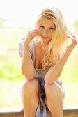 Donna bionda sexy — Foto Stock