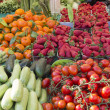Beautiful organic vegetable on sunny market — Stock Photo