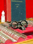 Optometry lens and eyeglasses — Stock Photo