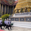 BANGKOK – MARCH 28: Soldiers prepare for the royal of crematio - Foto de Stock