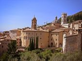 Architectural panorama of Assisi — Stock Photo