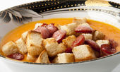 Soup with sausage and croutons — Stock Photo