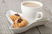 Cup of cocoa and cookies — Stock Photo