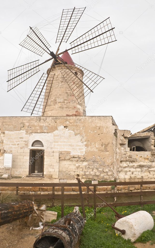 Old windmill on the salines near trapani — Stock Photo #10271173