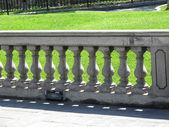 Balaustra in pietra con pilastro — Foto Stock