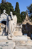 Tomb with an angel statue — Stock Photo